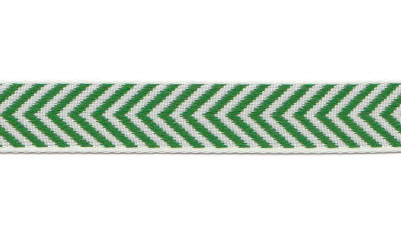 The many ribbon from Aspegren Denmark can be used in a number of ways; in your hair, as decoration or edging on your homemade clothing or hobby articles.  The ribbon can also be used as a decorative item with your flowers or candles at home – only your imagination sets the boundaries. Aspegren Denmark carries a massive selection of poly and cotton ribbon, which is an woven type of ribbon. Aspegren offers rustik texture and more vibrant finish than most varieties of fabric ribbon, but the look and feel of the product will depend on exactly how it's made. Band on Board Design Herringbone Green. See more ribbon here
