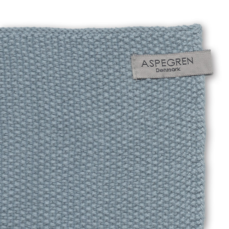 Aspegren-dishcloth-knitted-solid-blue-3245-light-closeup-web