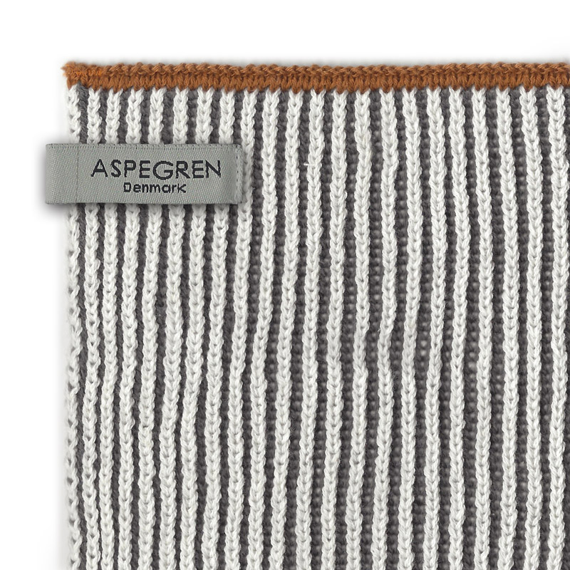 Aspegren-dishcloth-knitted-lamella-graydark-light-3576-closeup-web