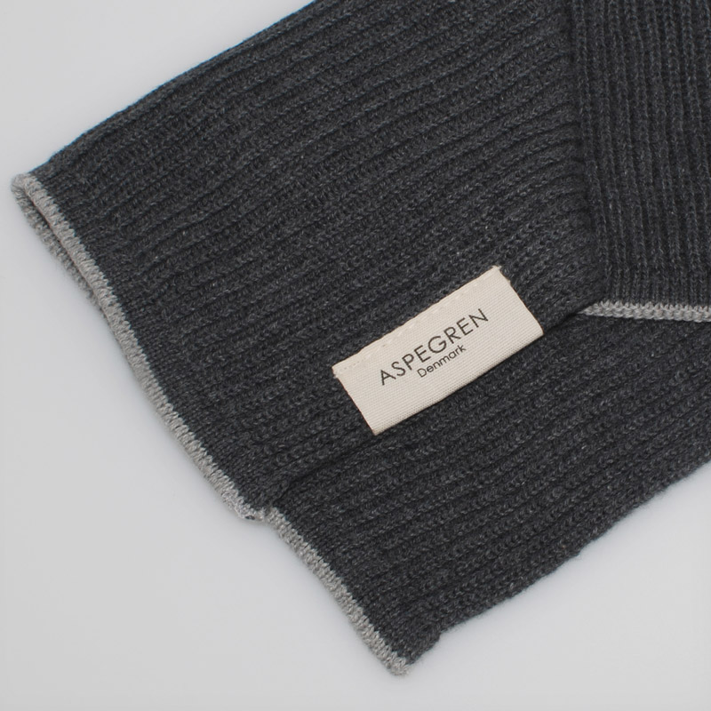 Aspegren-dishcloth-knitted-ripple-steelgray-4001-closeup-web