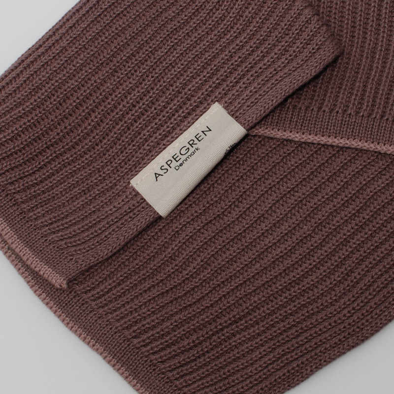 Aspegren-dishcloth-knitted-ripple-elderberry-4106-closeup-web